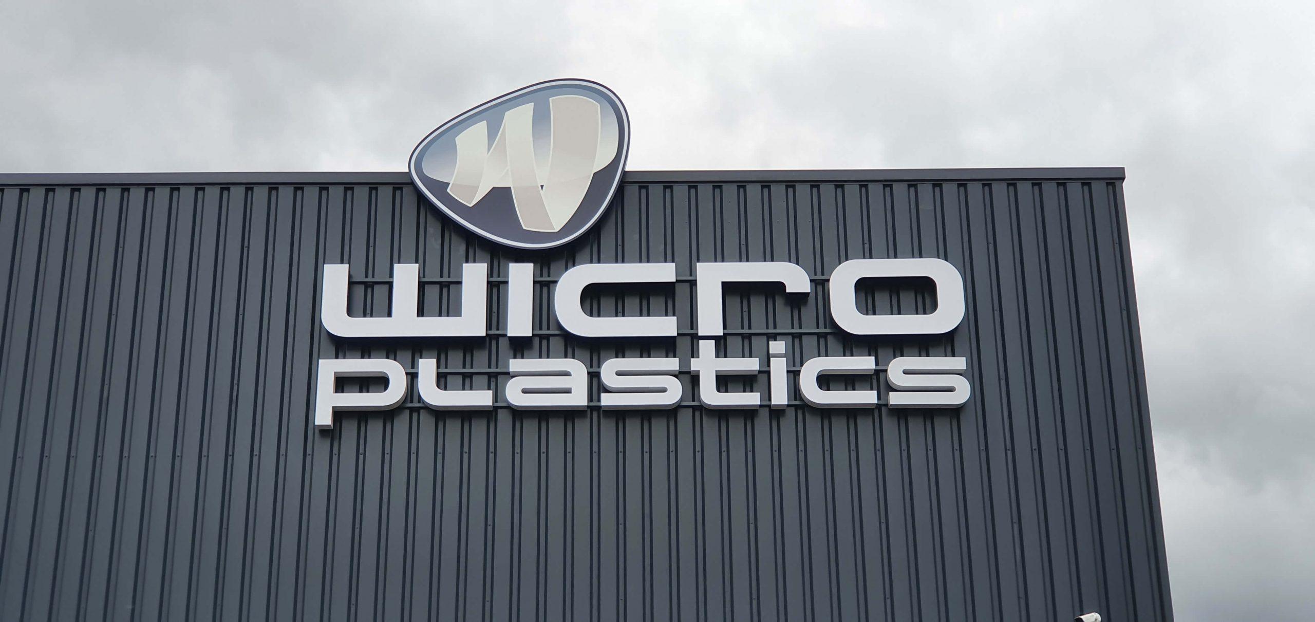 Gevelreclame bedrijfshal Wicro 6